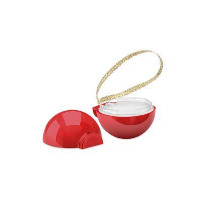 Naravni balzam za ustnice kot božični okrasek