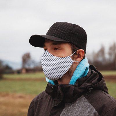 Higienska maska obojestranska – pralna – moška STRIPPY M